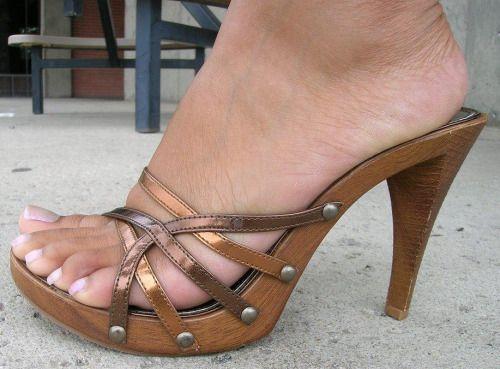 2d35958ff High heeled  mules