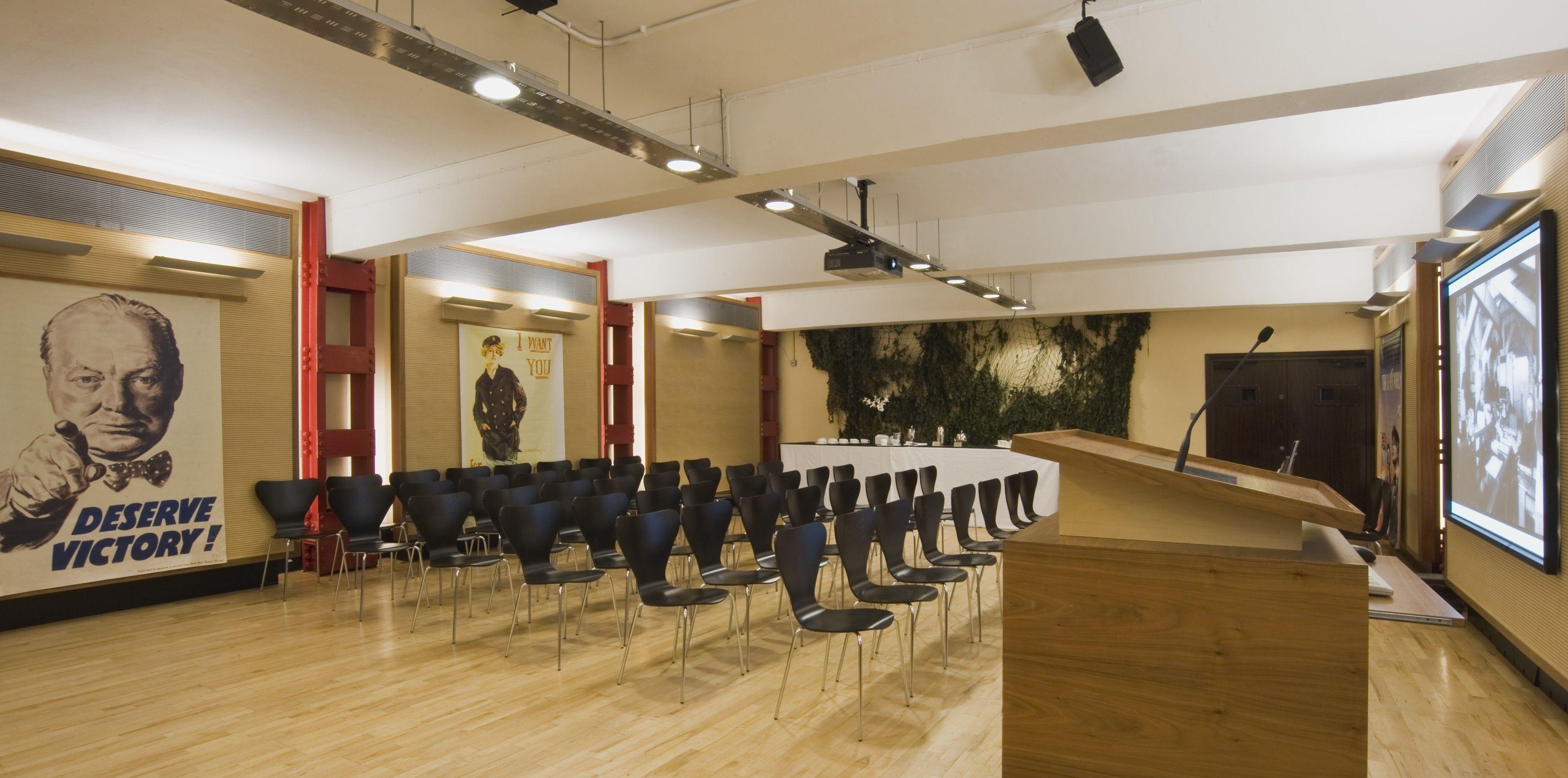 Churchill war rooms hca auditorium http www for Sala 976 latin palace