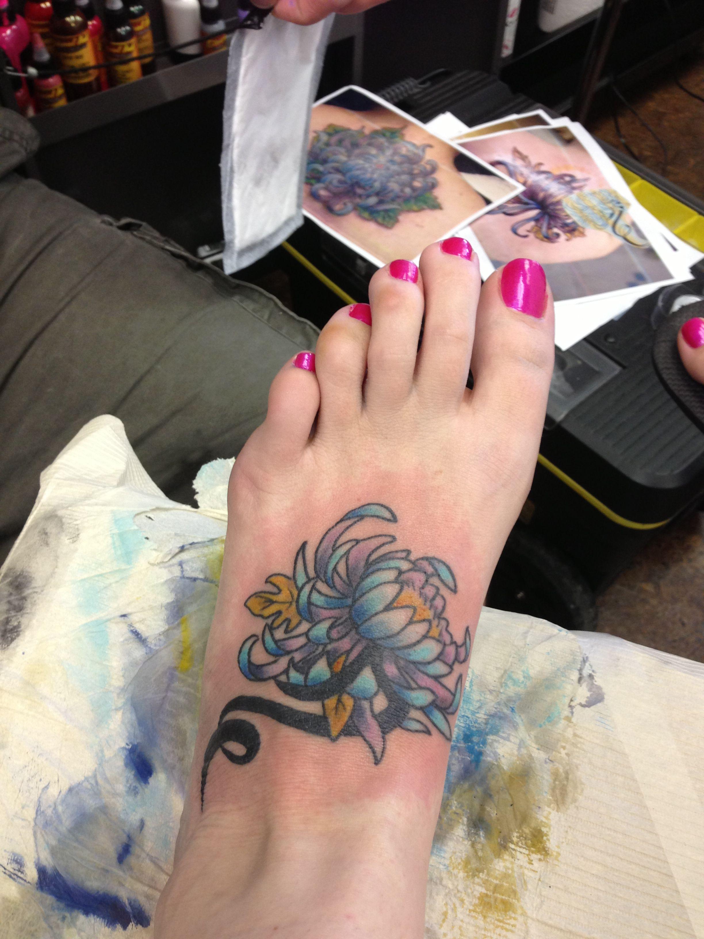 My new chrysanthemum tattoo Tattoous Pinterest Chrysanthemum