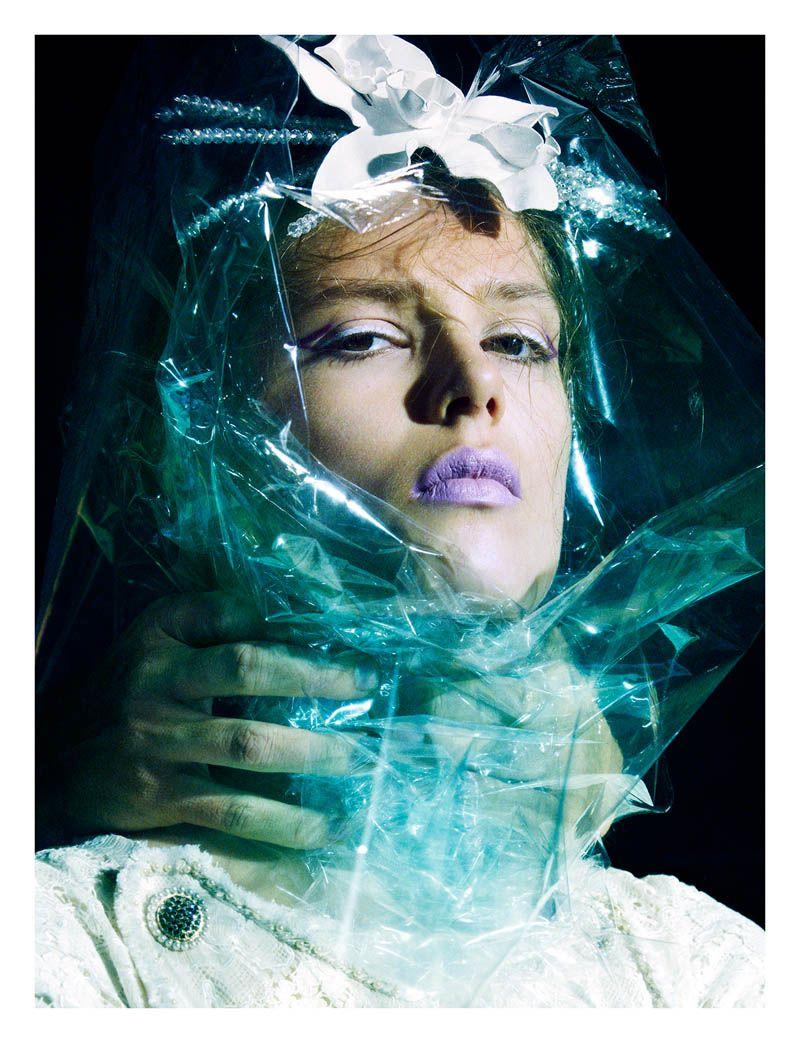 Modeconnect.com - Caroline Brasch Nielsen in Numéro Magazine #148 photographed by Greg Kadel