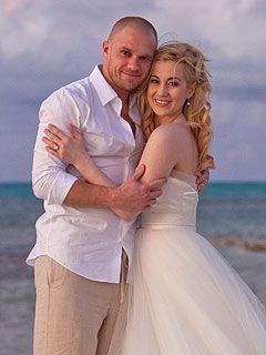 Kellie Pickler And Husband   Kellie Pickler Wedding Photo