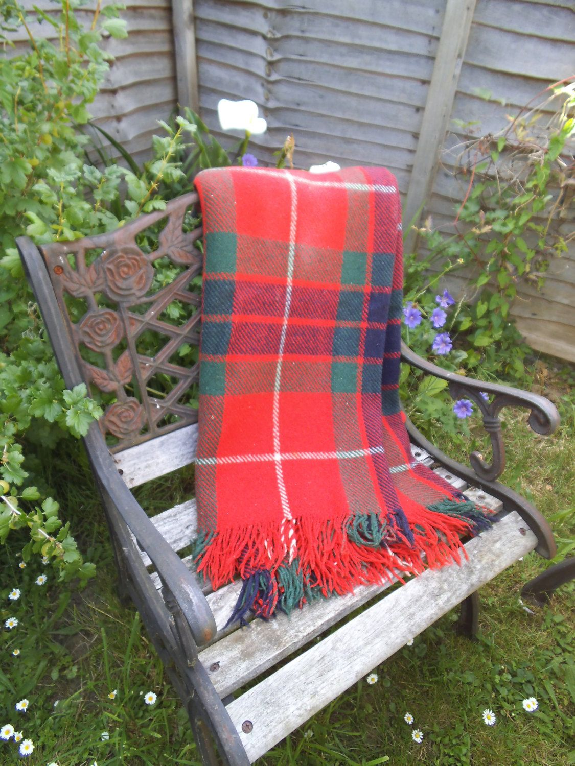 Tartan Clan Rug Picnic Blanket All Wool Made In England Red Fringed