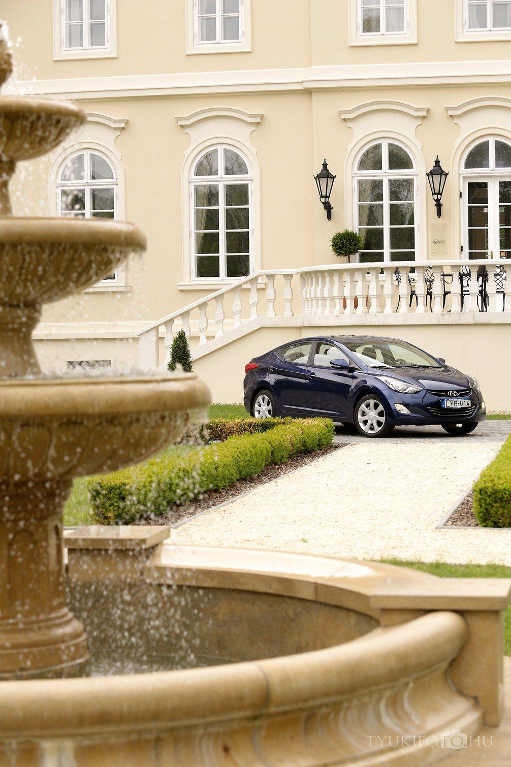 Hyundai Elantra Hyundai elantra, House styles, Elantra