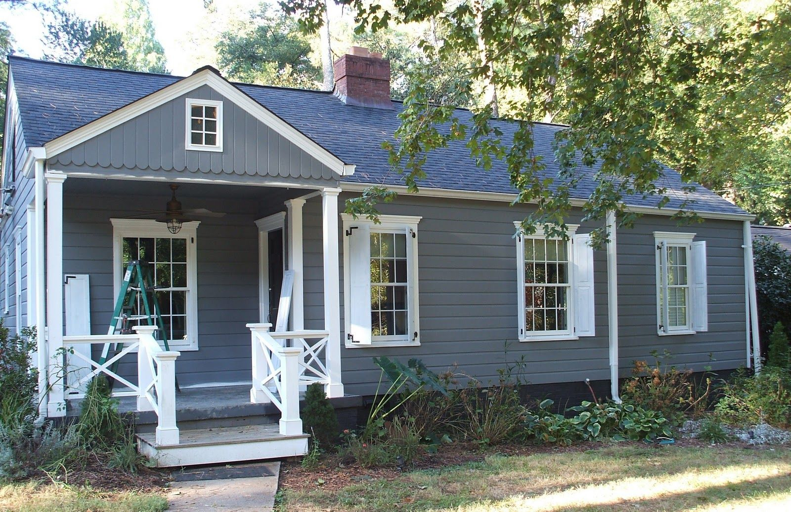 Good gray houses and cottages mountain home exterior - Mountain home exterior paint colors ...