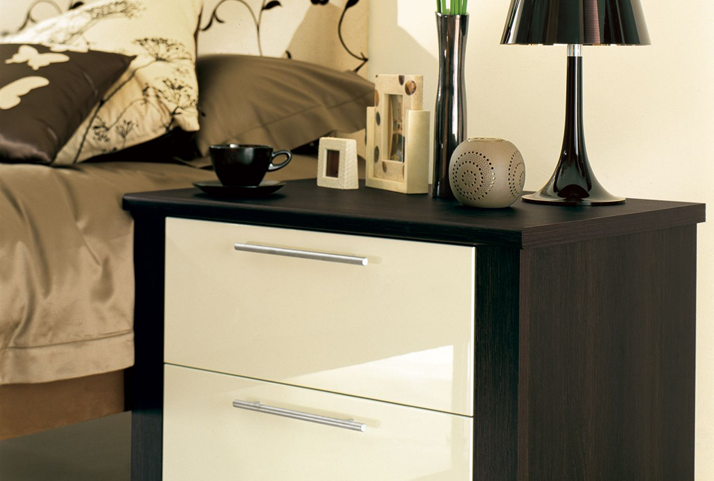 Sharps Fitted Bedroom Furniture Cosmopolitan Bedroom Furniture Wardrobes Sharps Bedrooms