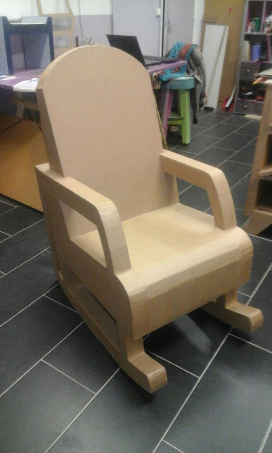 Le Rocking Chair En Carton Fauteuil En Carton Chaise Meubles En Carton