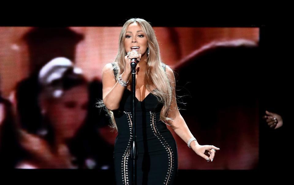Mariah Carey\'s 100 Million Views Top YouTube Chart; Christmas ...