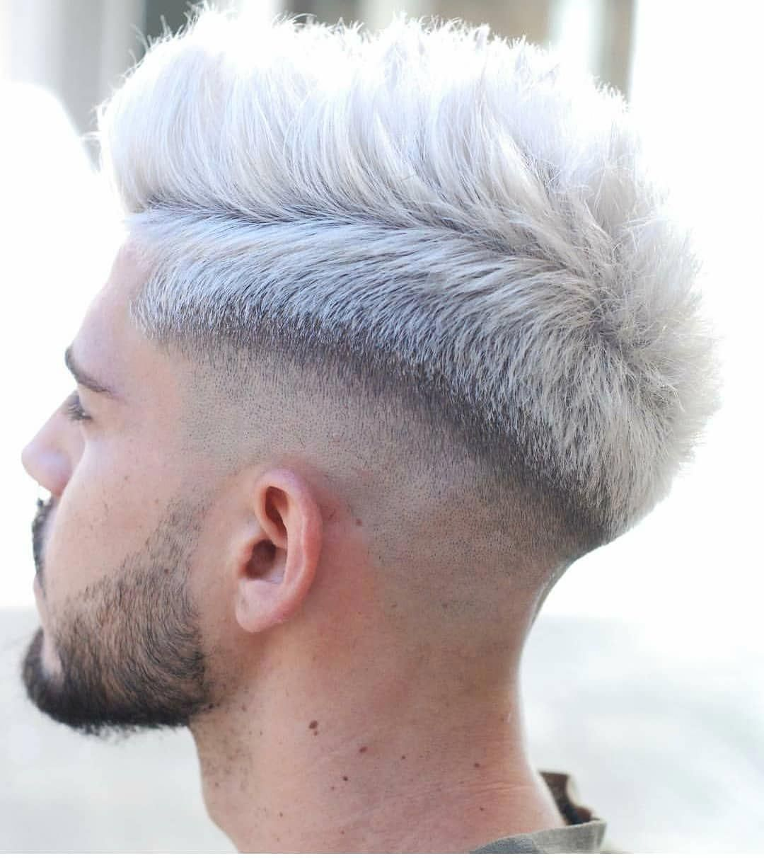 Simple Short Mens Hairstyles Which Are Really Stylish Simpleshortmenshairstyles White Hair Men Mens Hairstyles Short Men Hair Color