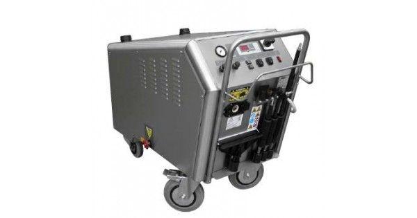 Aparate de curatat cu aburiFASA IVP 30 VesuvioIVP Vesuvio este un aparat profesional de curatat cu aburi ce poate lucra constant cu o presiune de 10 bari la 180 grade. Fabricat din inox, este recomandat in primul rand in industrie si industrie alimentara.La cerere poate fi adus si cu o putere