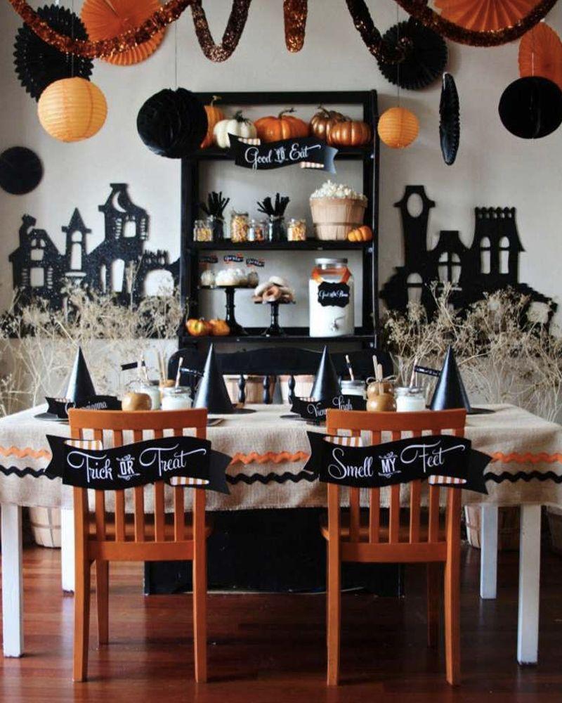 5 Idees Deco Pour Votre Table D Halloween Shake My Blog Deco Halloween Soiree Halloween Decoration Halloween Maison