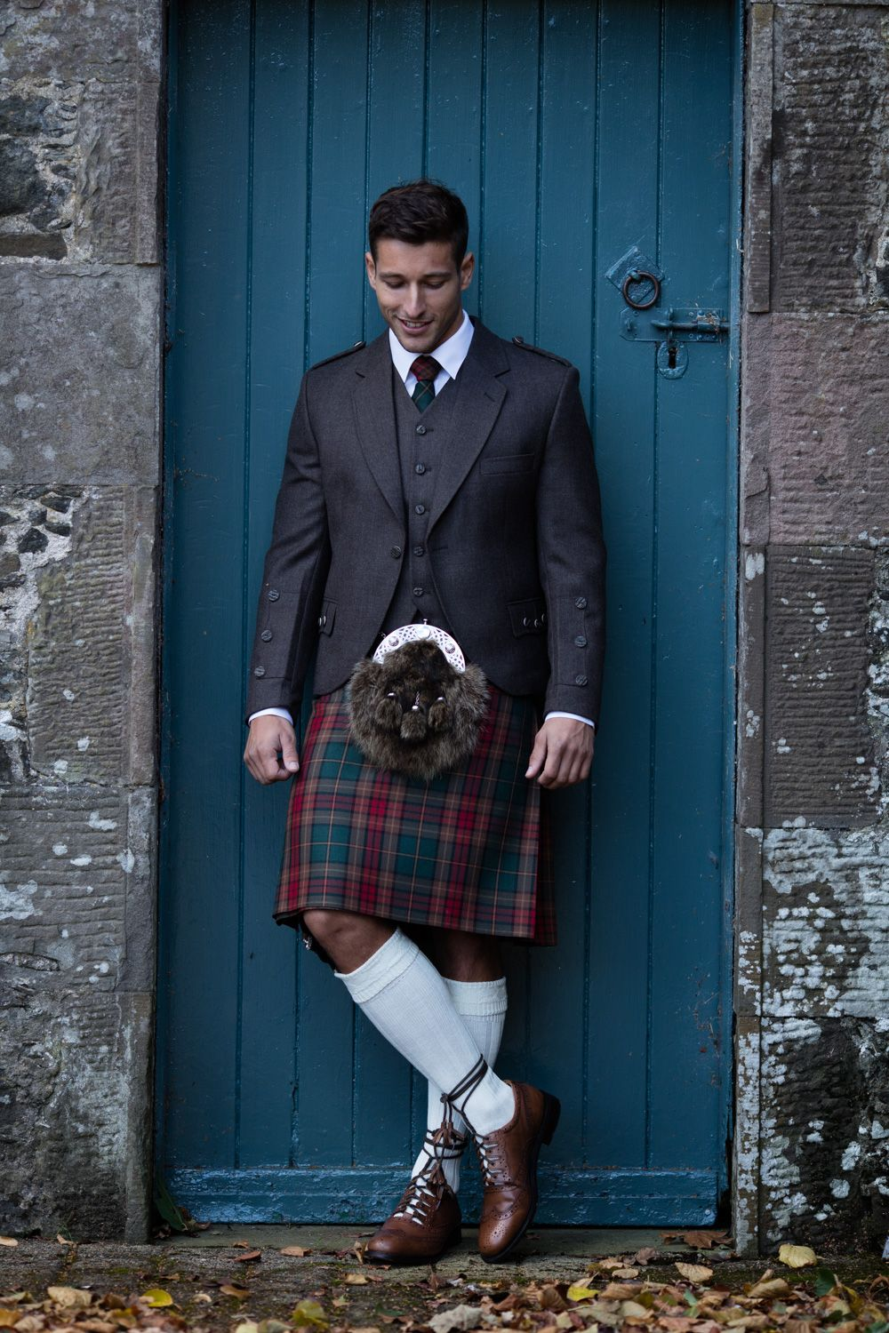 Take Advantage Of Our Free Kilt Fitting Service At Our Shoreditch Pop Up Book In Advance To Avoid Disappointment Men In Kilts Scottish Clothing Kilt Outfits