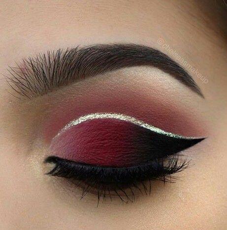 Sublime Bordeaux Make-up, um Ihre Augen in Wert zu setzen. www.piabijoux.fr/ #eyemakeup