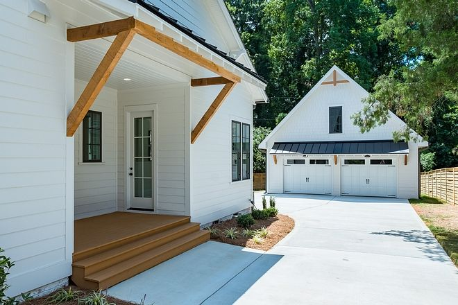 Farmhouse-Style Home Inspired by Chip & Joanna Gaines