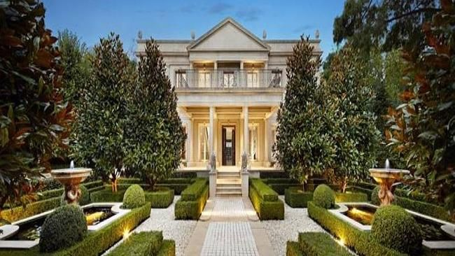 Excellent Lines And Edges Outside House Look Luxury Homes House Home Interior And Landscaping Ponolsignezvosmurscom