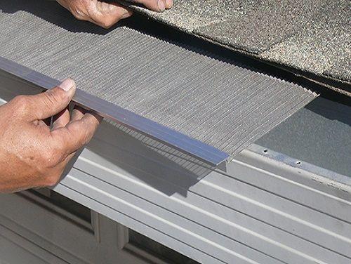 Installation Of Gutter Glove In Roof Sunshine Gutters Pro Gutters How To Install Gutters Gutter