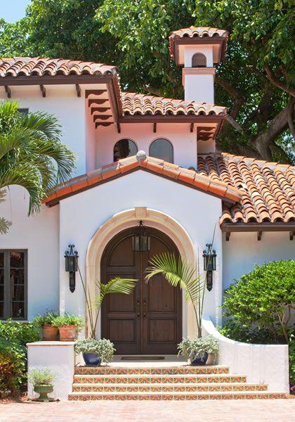 Pin de nora c sheehan en mexican style homes haciendas for Fachadas de casas estilo campo