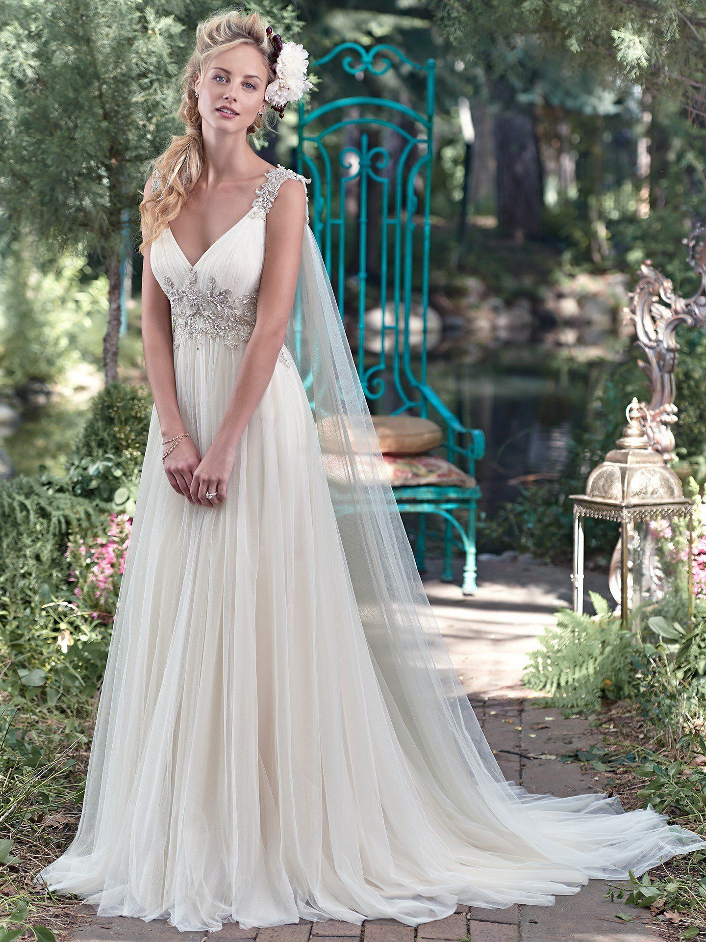 Gorgeous wedding dresses that will fit right in with your rustic ...