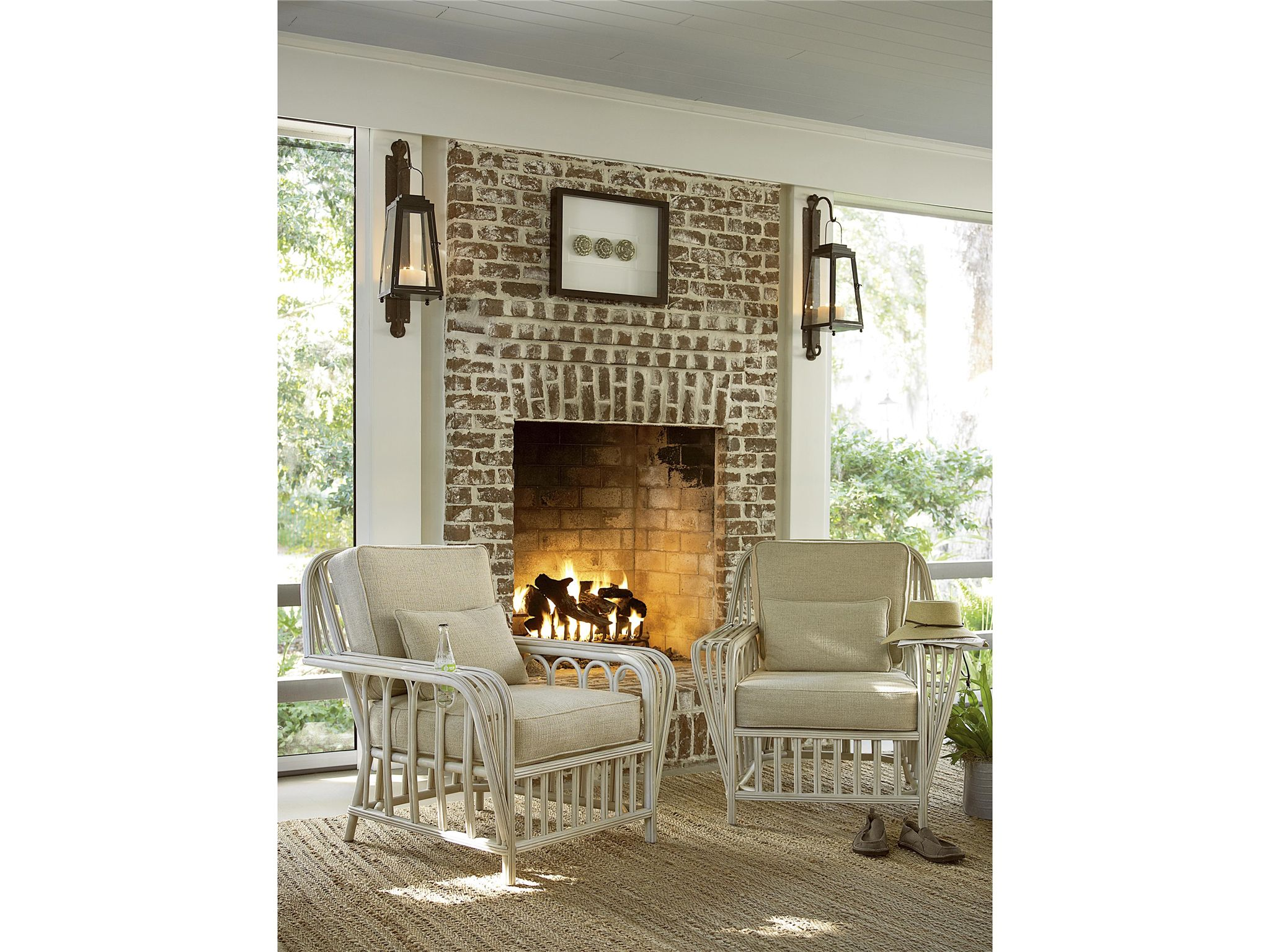 Attractive Universal Furniture | River House | Boat House Chair Has Cup Holders In  Both Arms!