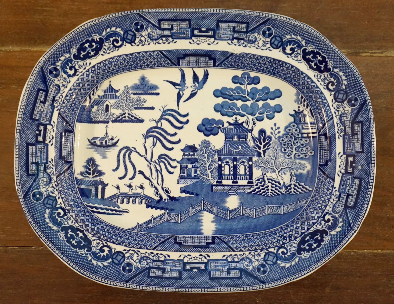 dating willow pattern china Johnson brothers willow blue (england 1883 backstamp, china) at replacements, ltd, page 1 with links to willow blue (england 1883 backstamp, china) online pattern registration form, images of more than 425,000 china, crystal, silver and collectible patterns, specialty items for sale, silver hollowware, christmas ornaments.