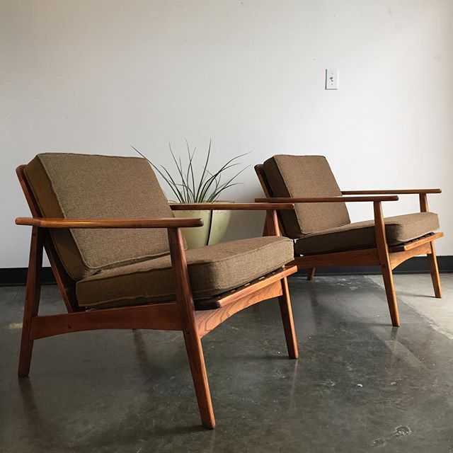 Less Is More Pair Of Simple Japanese Wood Frame Lounge Chairs With New Upholstery And Mid Century Lounge Chairs Wood Frame Loveseat Antique Furniture Makeover