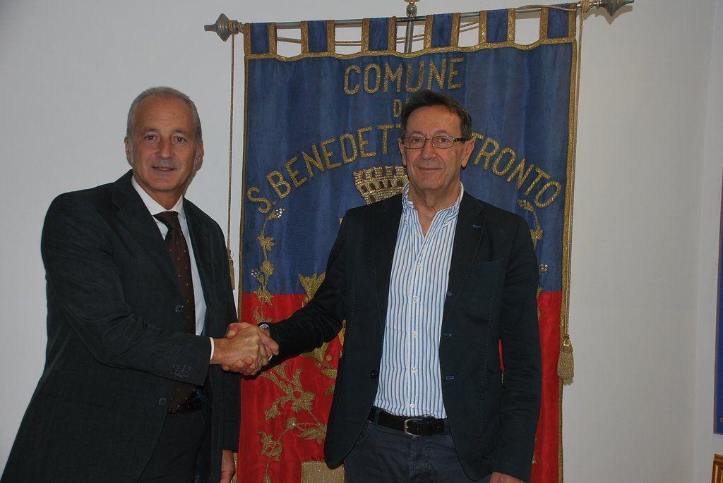 San Benedetto il sindaco Pasqualino Piunti interviene sulla vendita di alcuni immobili co https://t.co/crRNpTRXL0 https://t.co/EEhhcJ0INP