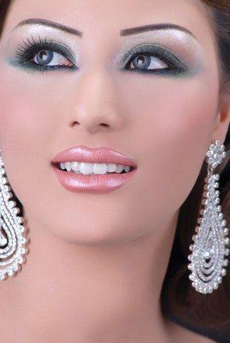 maquillage libanais oriental pour un mariage makeup lebanese makeup and arabian makeup. Black Bedroom Furniture Sets. Home Design Ideas