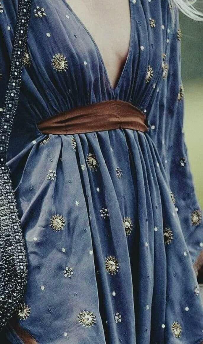i love the passion  kleider outfit schöne kleider