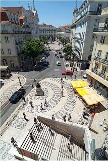 Largo do Chiado, Lisbon