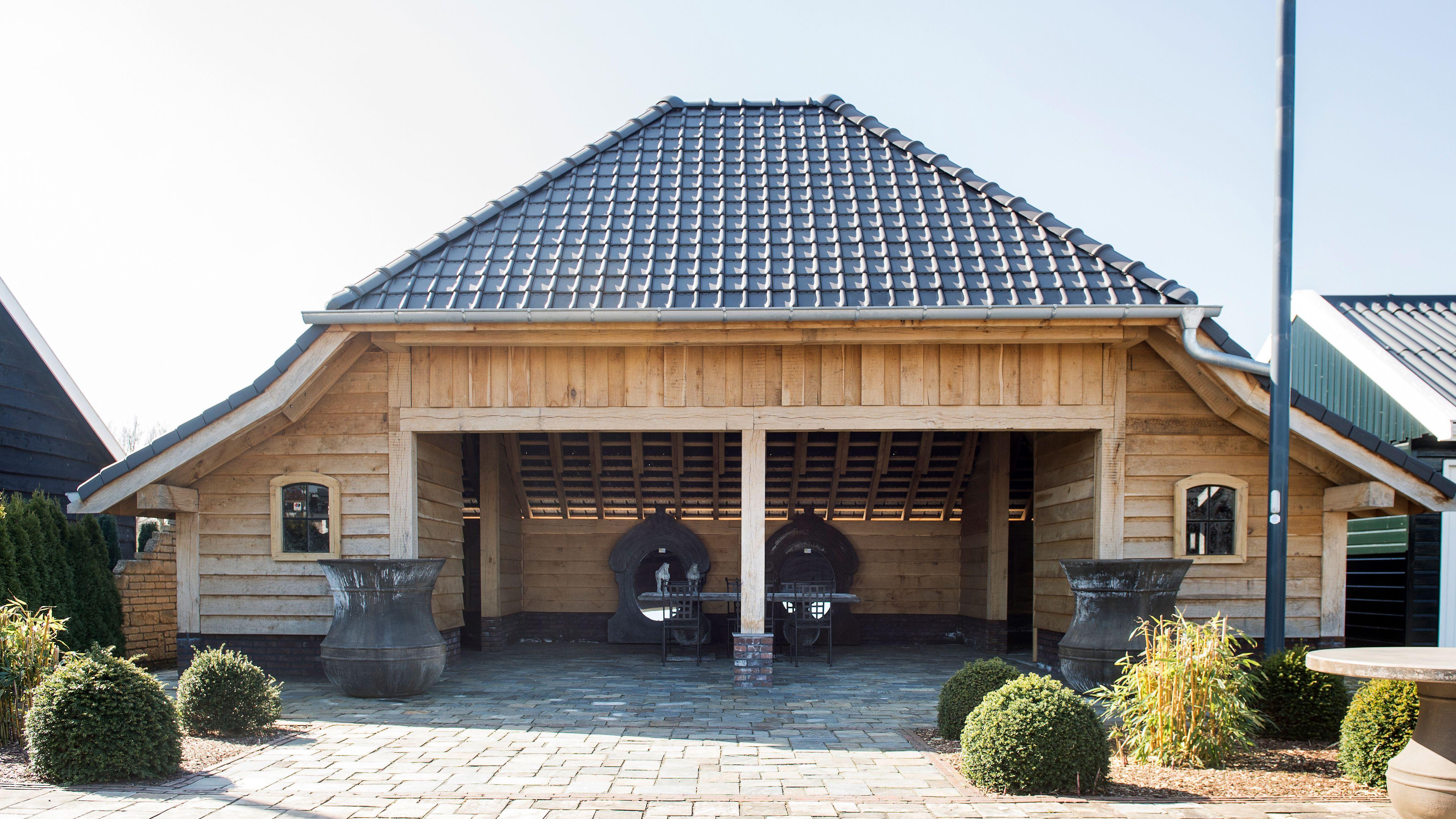 Garage Holz große remise oder scheune mit garage aus holz individuell nach maß