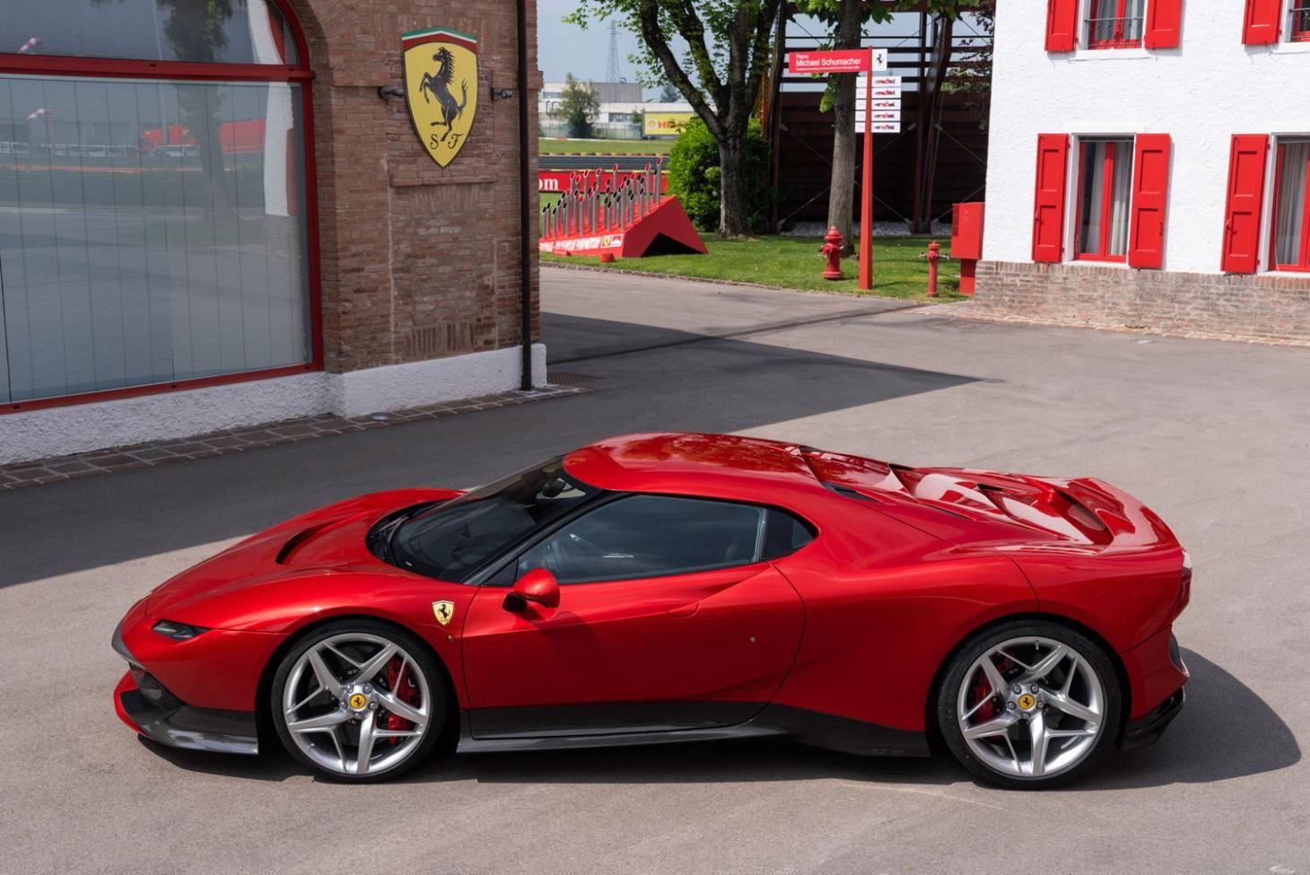 Ferrari Unveils A Surprise One Off Supercar Which Nostalgically Nods To 70s And 90s Car Design New Ferrari Ferrari New Sports Cars