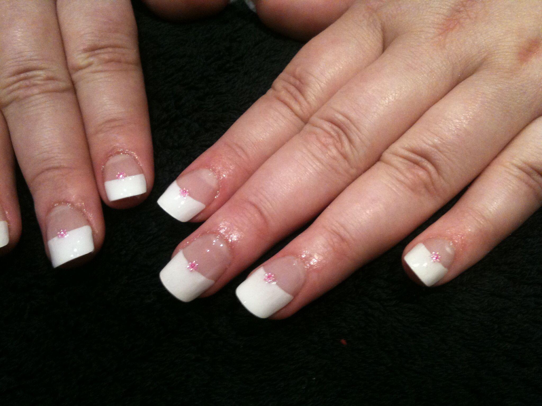 Pretty Nail Art White With Diamonte Nail Art Pinterest