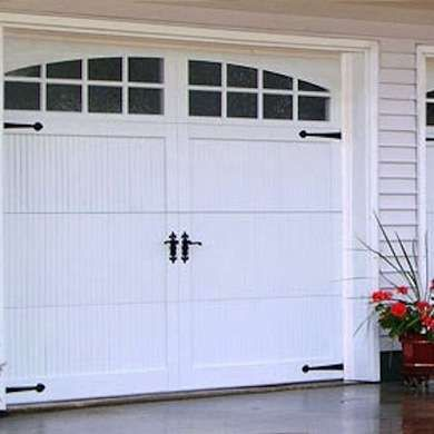 Instant Curb Appeal 15 Fast Facade Fix Ups Modern Garage Doors Garage Doors Garage Door Design
