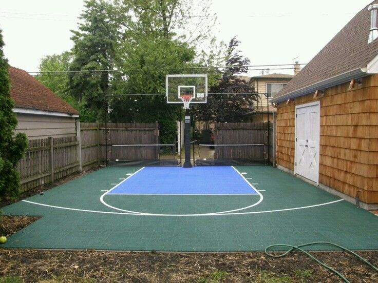 Great Use Of Space Backyard Court Designs Pinterest Spaces - Backyard basketball court ideas