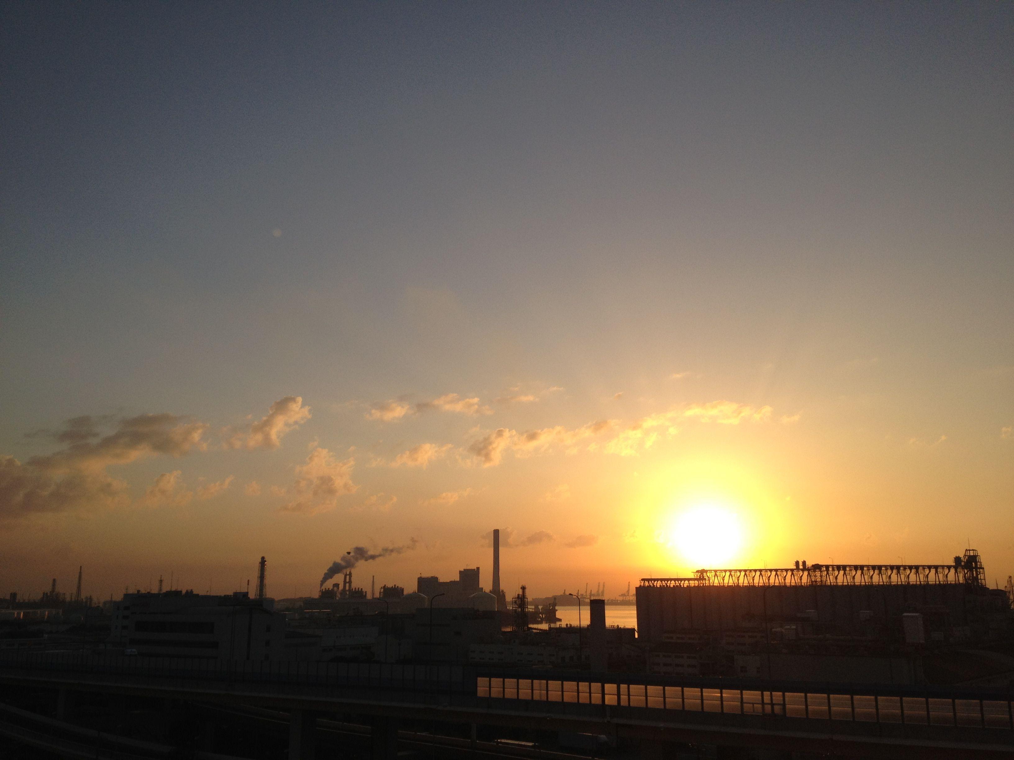 2013,September,Sunrise and cloud