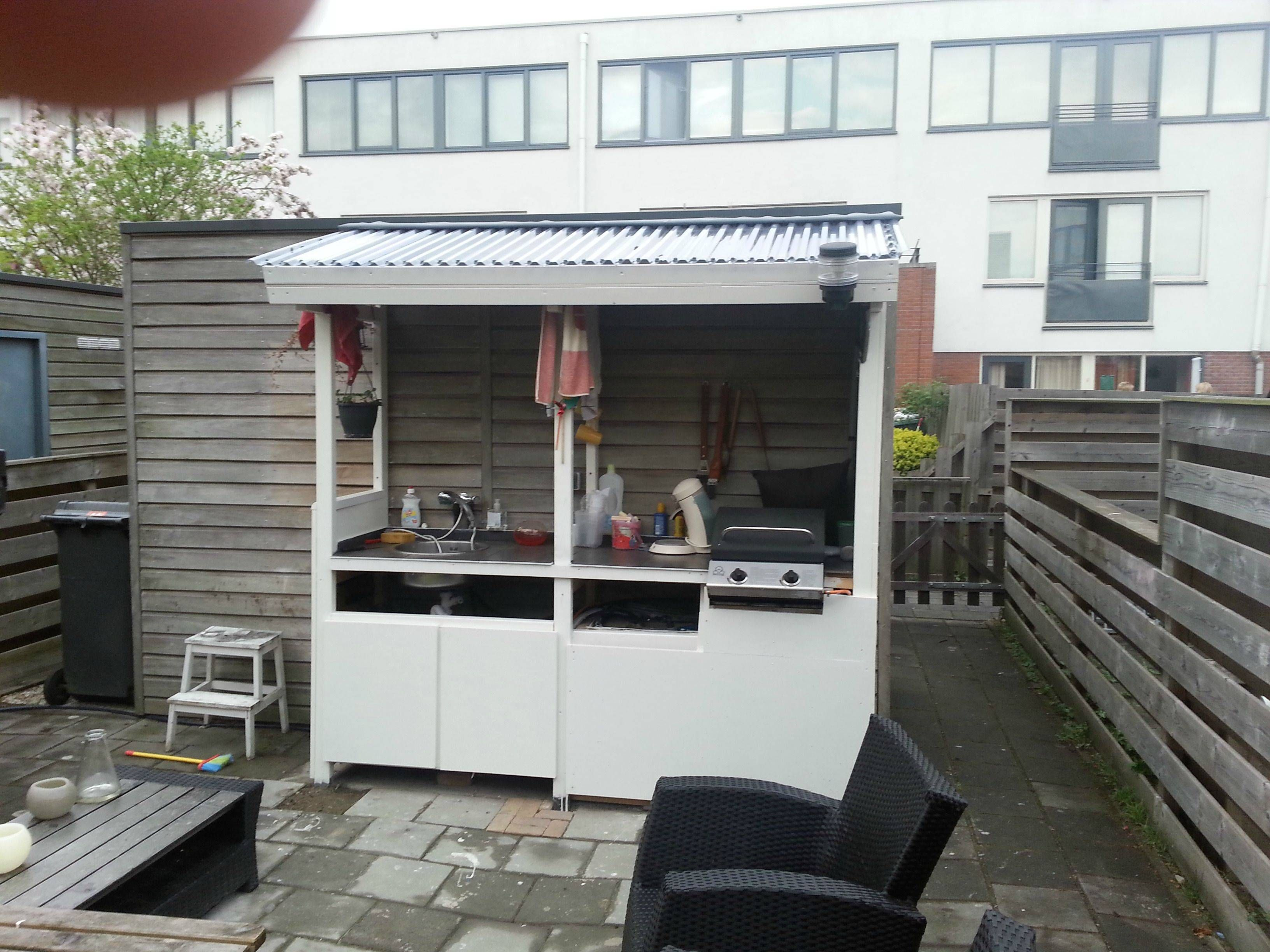 Diy Outdoor Kitchen With Solar Heater For Hot Water Diy Outdoor Kitchen Diy Outdoor Outdoor Kitchen