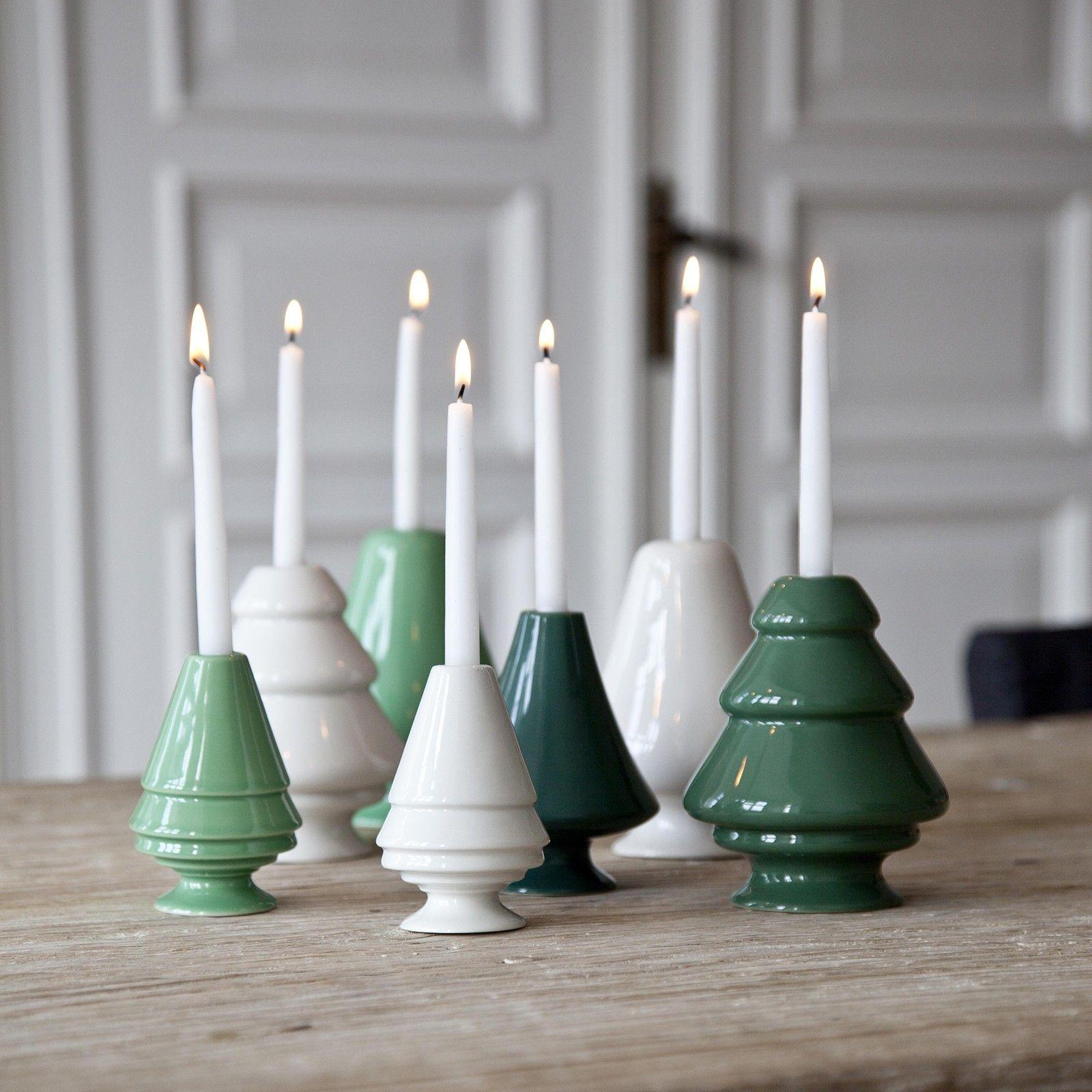 Avvento Lysestager i grøn og hvid. Jeg ønsker mig dem i forskellige størrelser, se evt. de stager, jeg har pinnet :-)