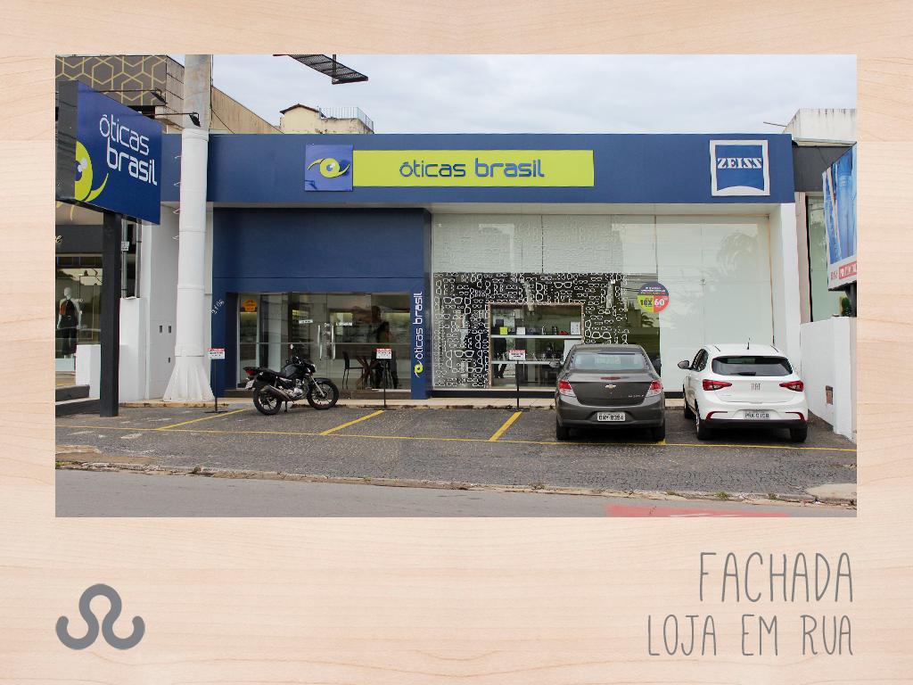 778a3a51a Fachada Loja em Rua – Óticas Brasil, uma empresa com mais de 50 anos ...