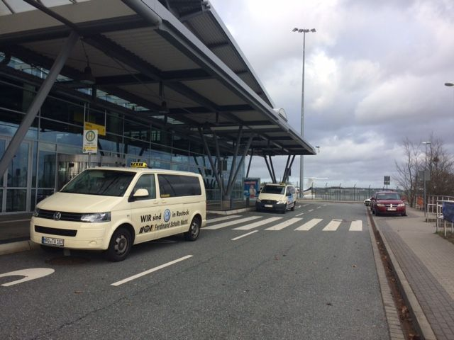 Last Minute zum Flughafen nach Laage Rostock, Flughafen