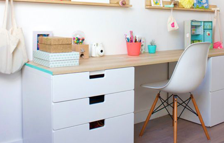 From lutece ikea hacks 8 4 chambre fille pinterest for Bureau avec plan de travail