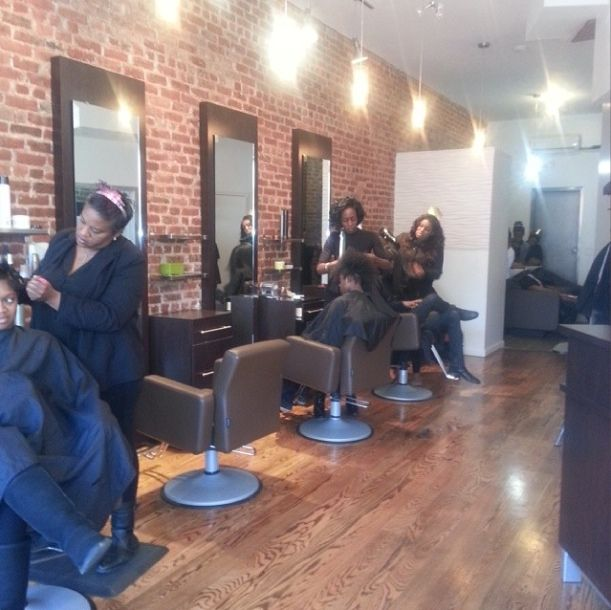 Idalias Salon Ny Curls Understood Natural Hair Salons Hair Salon Interior Hair Salon Design