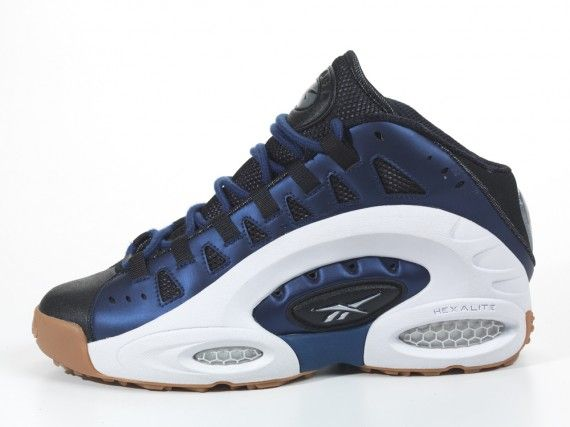 55de9de5c98 Reebok Emmitt Smith ES22 - Release Info - SneakerNews.com