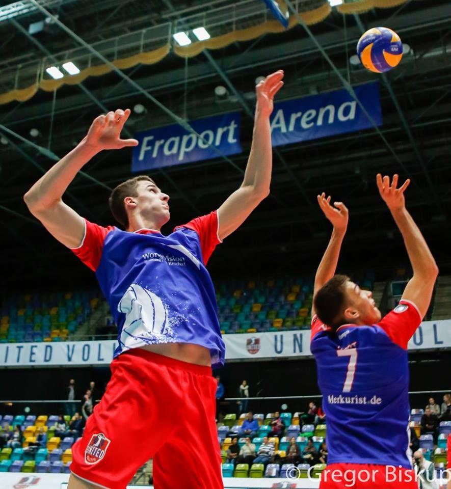 Auch wenn es nicht ganz fürs Finale gereicht hat...  Wir gratulieren den United Volleys & unseren ehemaligen Camp-Teilnehmer Georg Escher zu einer richtig tollen Saison in der 1. Bundesliga!!!  www.volleyfuture.de  Foto: Gregor Biskup