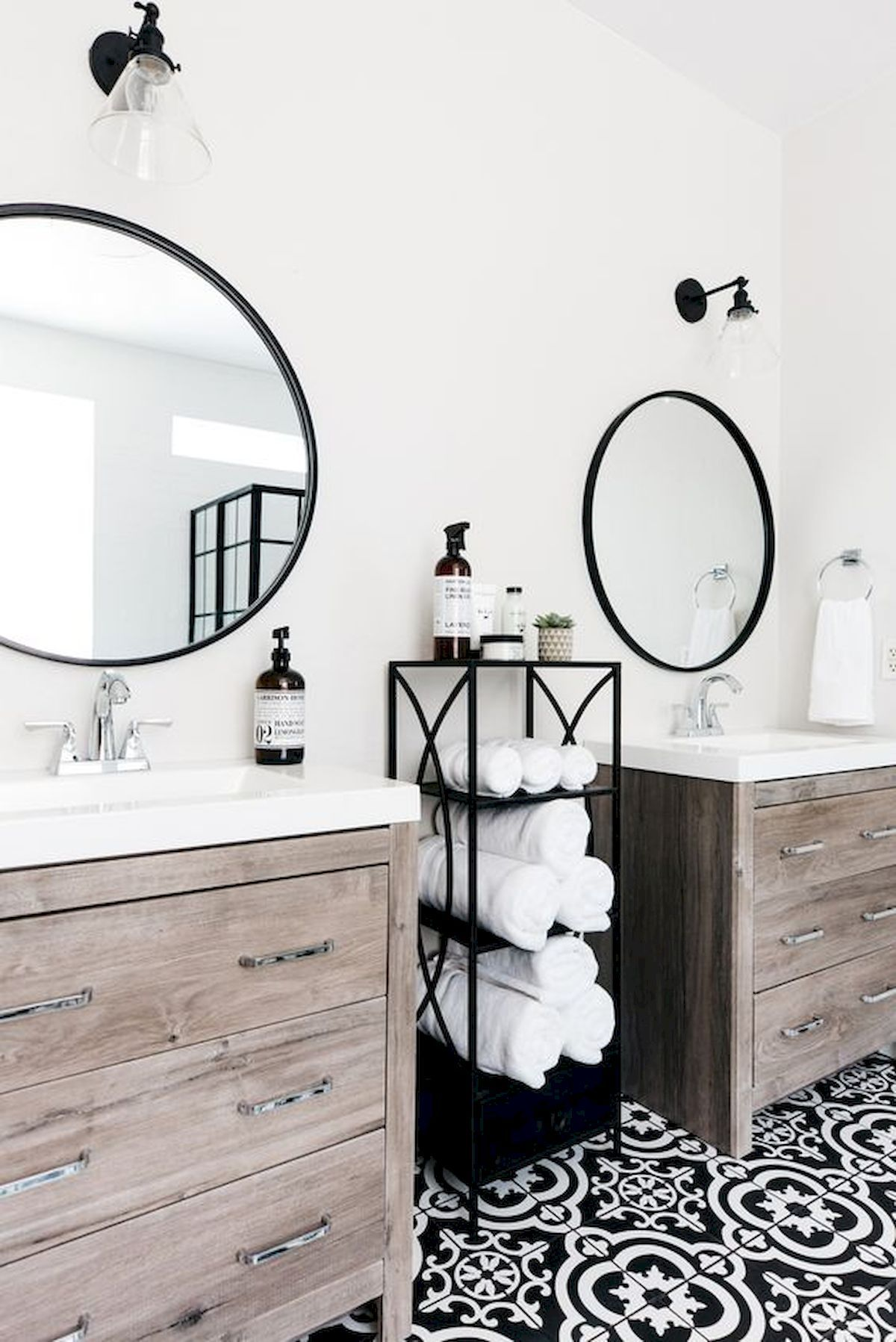 55 Stunning Farmhouse Bathroom Mirror Design Ideas And Decor Farmhouse Bathroom Mirrors Bathroom Mirror Design Home Decor