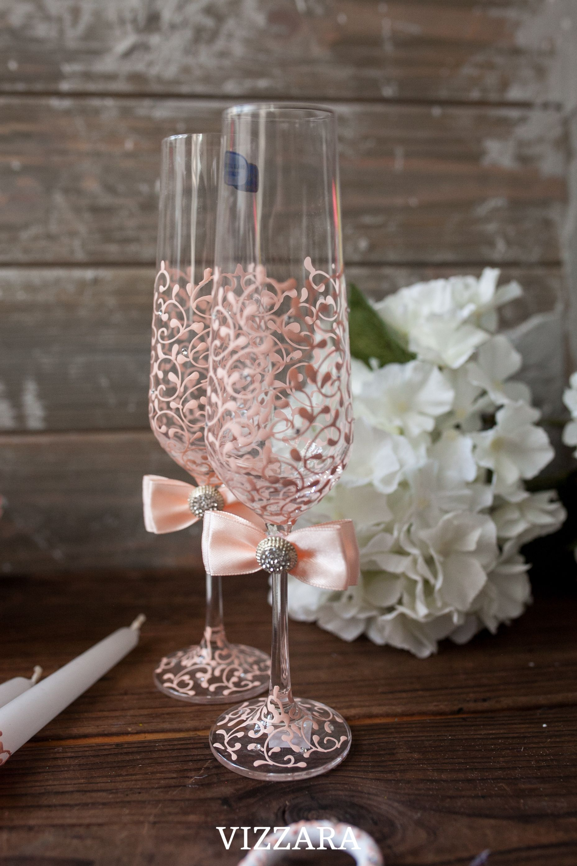 Wedding Peaches Wedding Flutes Peach Wedding Personalized Etsy Wedding Flutes Toasting Flutes Wedding Wedding Champagne Flutes