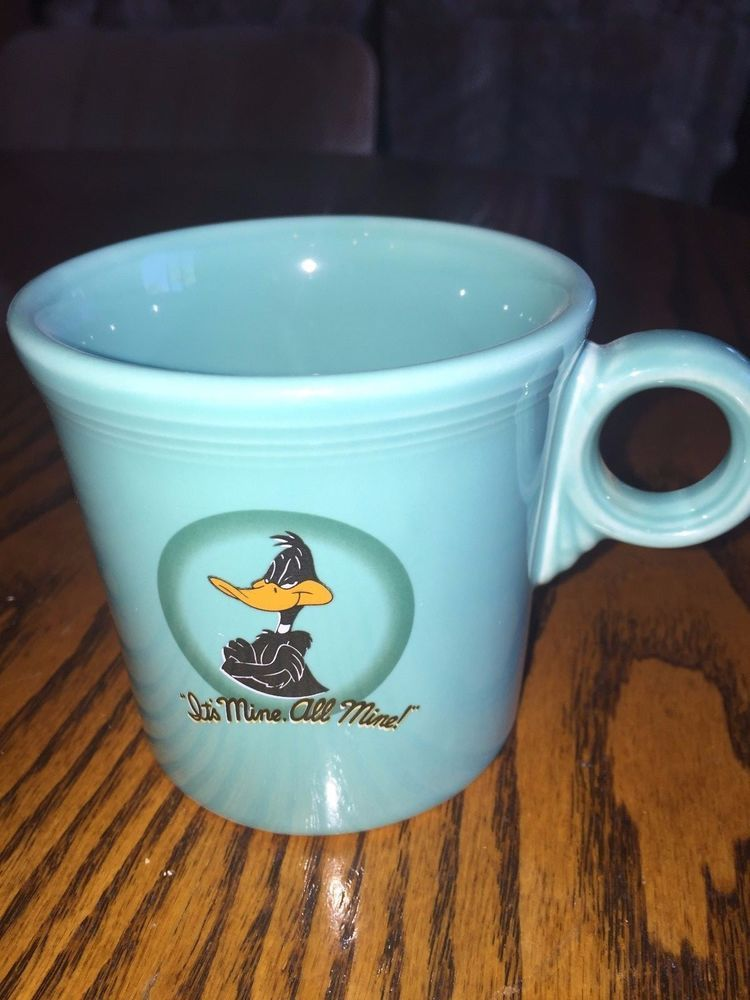 Very rare Fiesta® DAFFY DUCK 'It's Mine all Mine' Looney Tunes Ring Handle Mug. Made Expressly for The Warner Bros. Studio Stores in the 1990's by Homer Laughlin China Company | eBay