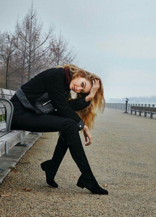Poses que necesitas para lucir como fashion blogger en tus fotos ... 649bdded00ab
