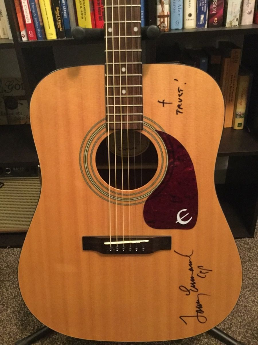 Beautiful Epiphone Acoustic Guitar Signed By Tommy Emmanuel Cgp Certified Guitar Player With Fishman Pickup Epiphone Acoustic Guitar Tommy Emmanuel Guitar