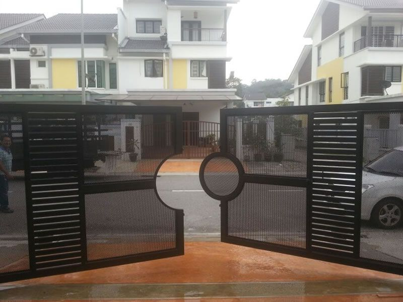 Xtreme Arrow Is Specialized In Design Manufacture And Install