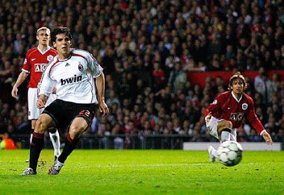 Fantastic Dribbling Goal By Kaka Champions League Semifinals 1st Leg 24 April 2007 Manchester United Vs Ac Milan 3 2 Ka Soccer Ac Milan Manchester United