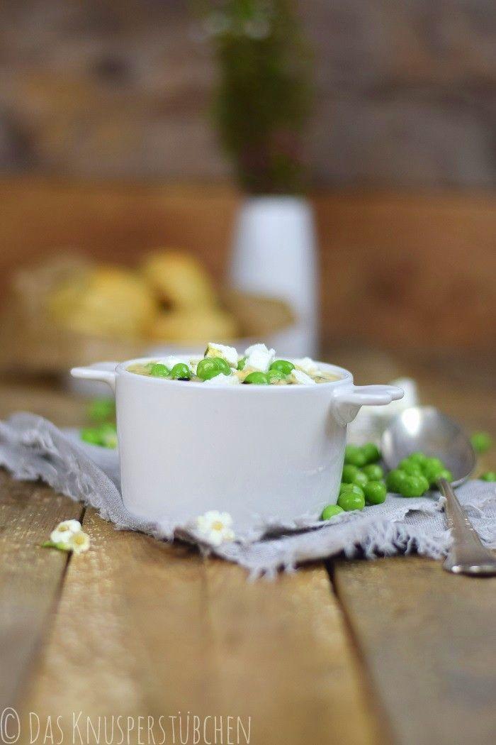 Erbsen Feta Suppe & Zwiebel Dinkel Brötchen - Green Pea Chick Pea Feta Cheese Soup & Onion Spelt rolls | Das Knusperstübchen